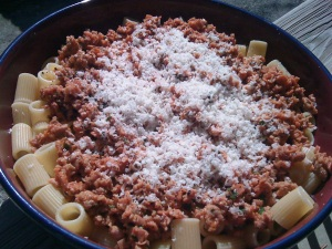 Rigatoni with Rapid Ragu