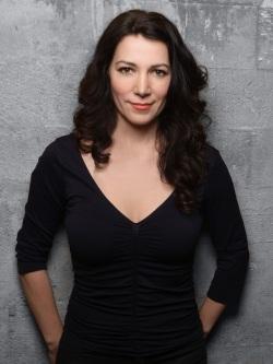 Vivian Barz