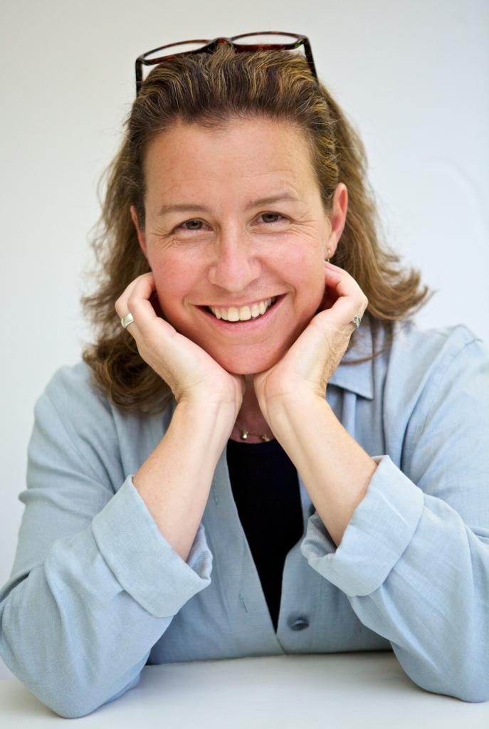 Claudia Kalb